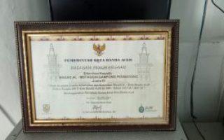 Piagam Penghargaan sebagai Juara 3 Pengelolaan Masjid Terbersih dalam Kota Banda Aceh Tahun 2015